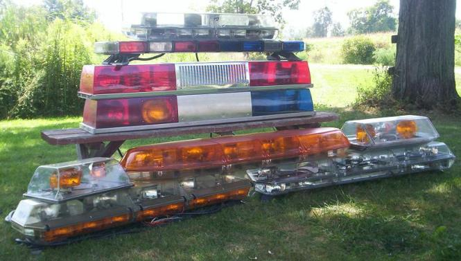 Emergency vehicle light bars the best vehicle 2018 emergency vehicle lighting and accessories aloadofball Image collections