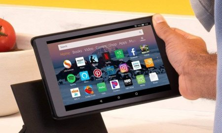 Amazon Fire HD 8 deal scores you a Show Mode dock for just $1