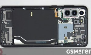 Samsung Galaxy S21+ teardown shows the difference between single and dual SIM models