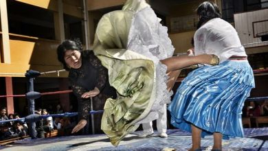 Photo of Meet The Women Of Bolivia Who Have Special Wrestling Skills
