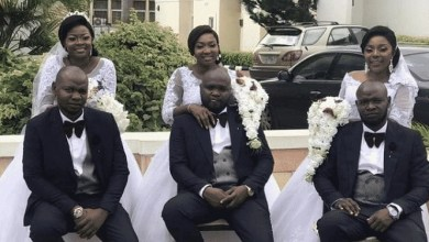 Photo of Triplets Got Married same day, at same venue