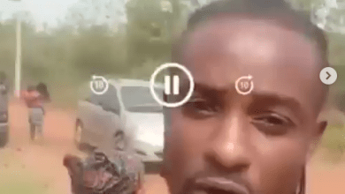 Man curses Governor Makinde as he shares video from scene of an alleged Fulani herdsmen attack he survived with his family (video)