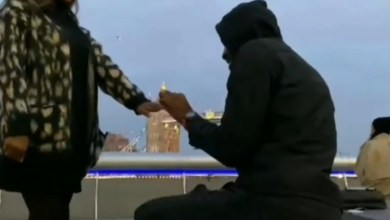 Moment rapper Ikechukwu proposed to his girlfriend with the London Tower Bridge as background (video)