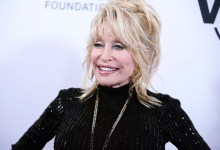 Dolly Parton Remixes 'Jolene' While Getting COVID-19 Vaccine She Helped Fund