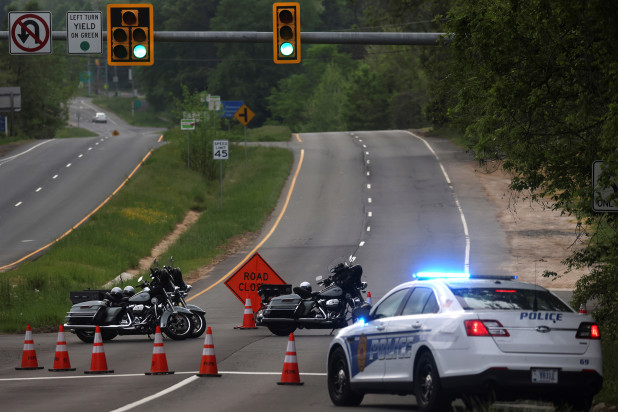 Armed man shot after standoff outside CIA hArmed man shot after standoff outside CIA headquarters in Virginiaeadquarters in Virginia