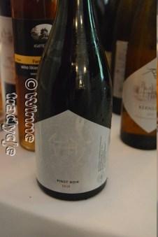 Pinot Noir - wysoka jakość godna uwagi, trzeba jednak zaczekać aż nabierze mądrości