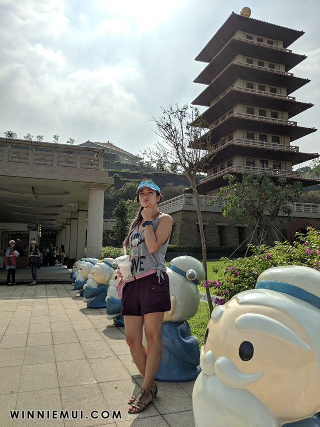 taiwan-day2-buddha-light-mountain-scholar-ko