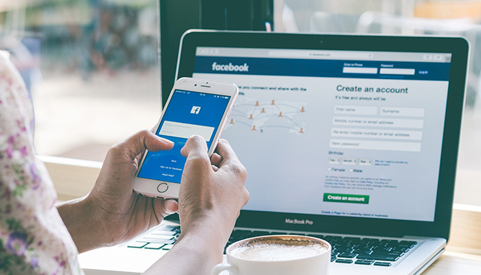 facebooku広告