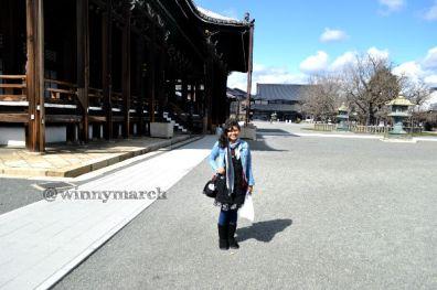 Winny di Hongwanji Nishi Temple Kyoto Japan