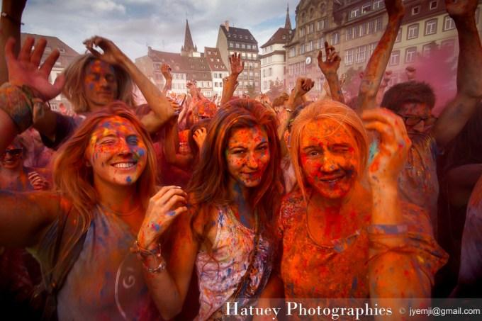 Photographies d'Alsace (Strasbourg, Fêtes des couleurs Holi) par © Hatuey Photographies