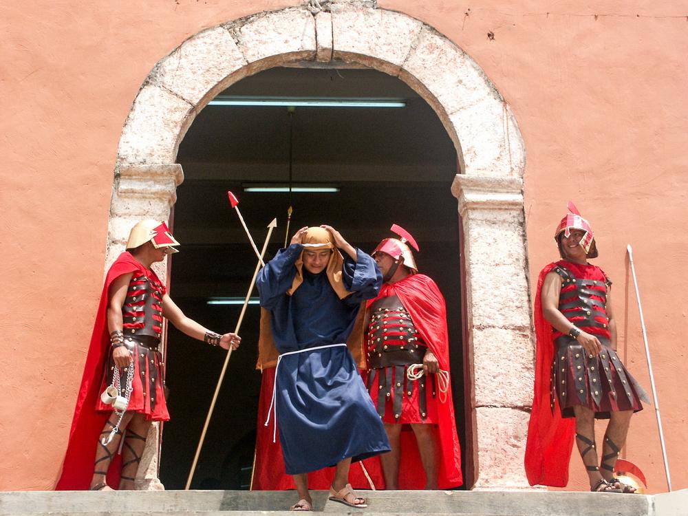 Hatuey Photographies, Photos, Mexique, Yucatan, Acanceh, Passion du Christ