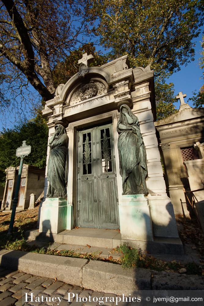 """Paris, Cimetiere du Pere Lachaise, PONSAT Famille""""©Hatuey Photographies"""""""