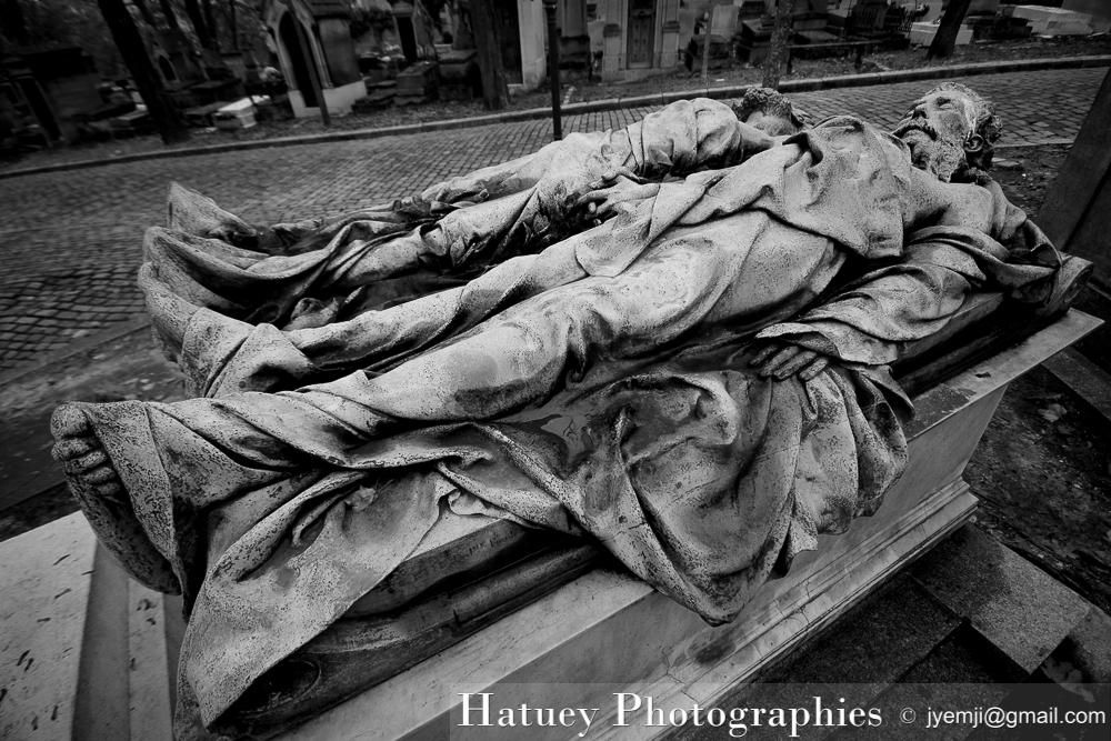 """Paris, Cimetiere du Pere Lachaise , Photographies de Paris, Cemetery, Cimetiere du Pere Lachaise , Photographies de la tombe Croce-Spinelli et Sivel par """"©Hatuey Photographies"""""""