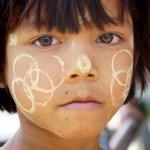 Portraits d'enfant à Yangon by ©Hatuey Photographies