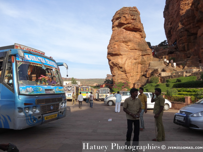 Badami Cave (India, Karnataka) , Tourism in South India. Photographs of South India, Photographies en Inde du Sud par © Hatuey Photographies