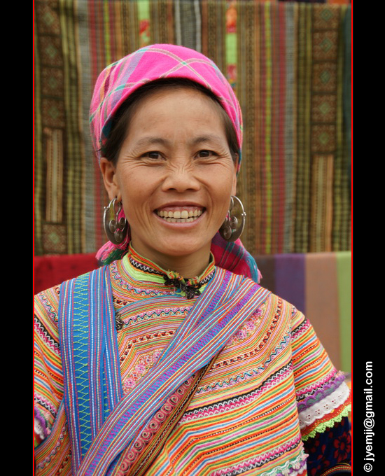 Marché Hmongs Fleuris, Coc Ly. Photographies du Vietnam by © Hatuey Photographies