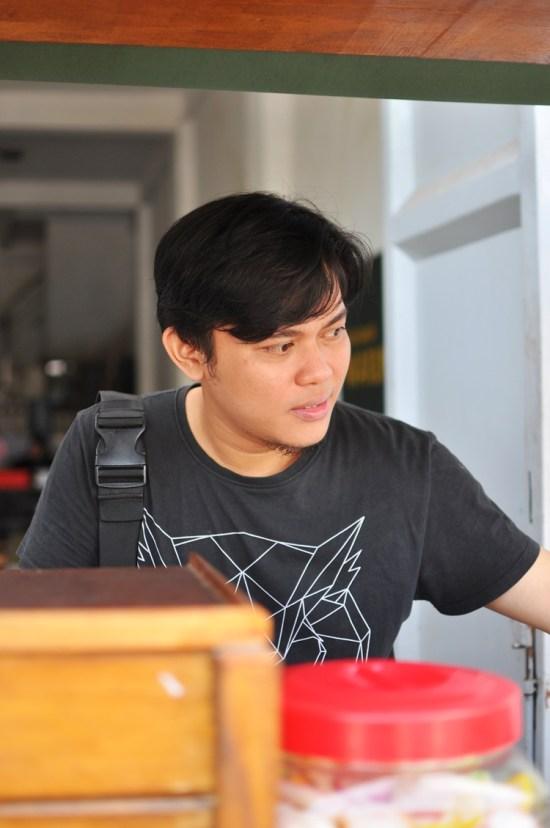 Rian owner Warung Menantu