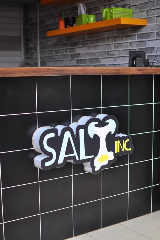 salt inc pasar segar makassar
