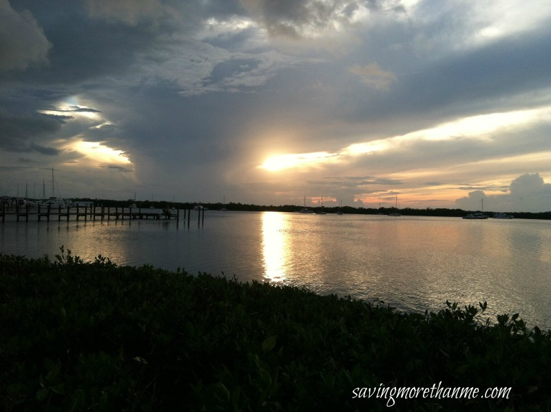 Cloudy Sunset in South Florida-The Beauty of South Florida: Beaches, Sunsets, and Palm Trees   winterandsparrow.com #southflorida #floridatravel #sunsetpictures #keywest
