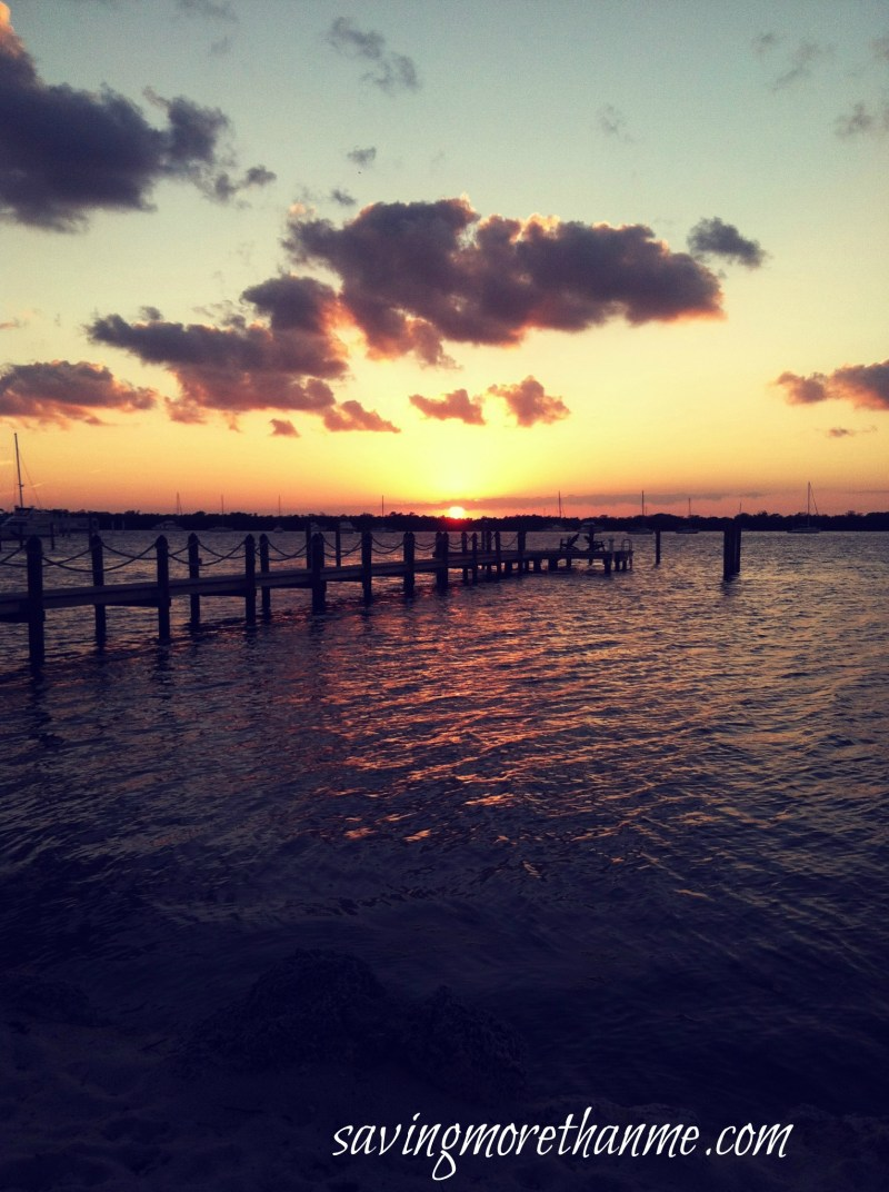 Sunset in the Keys-The Beauty of South Florida: Beaches, Sunsets, and Palm Trees | winterandsparrow.com #southflorida #floridatravel #sunsetpictures #keywest