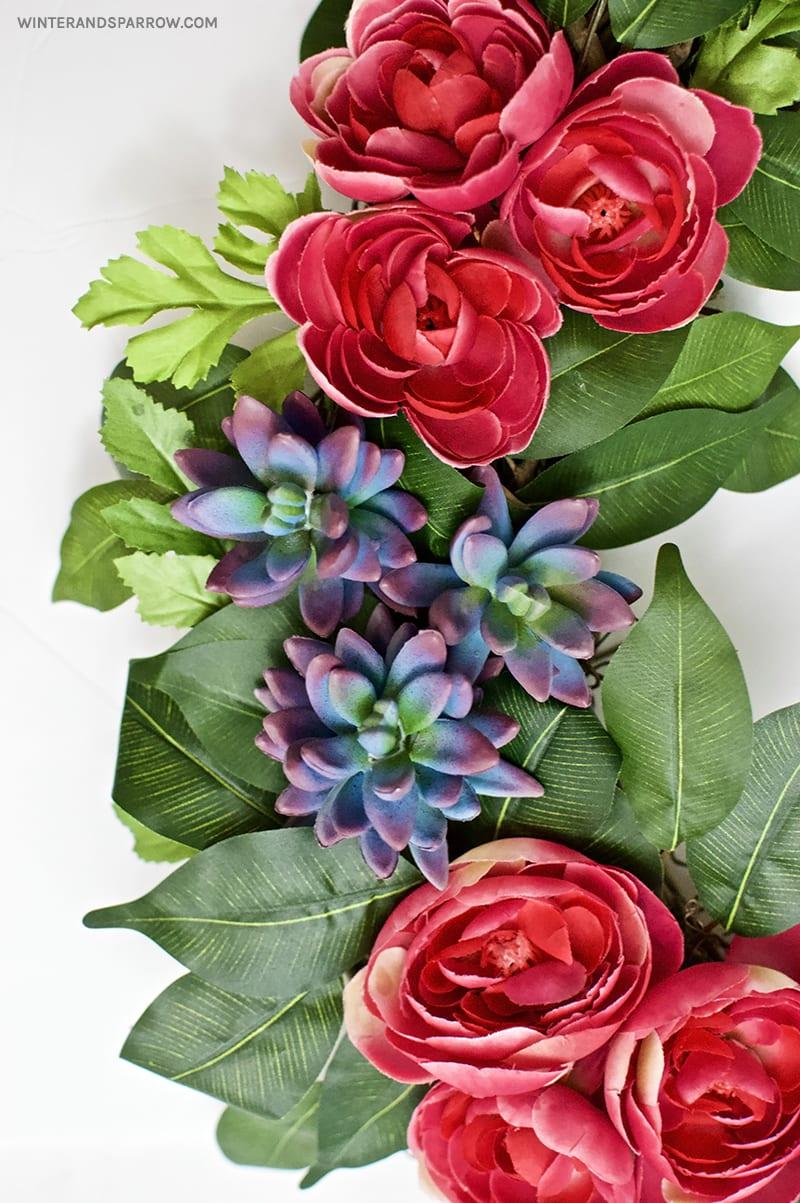 Easy To Make Spring Wreath:  Ranunculus + Succulents | winterandsparrow.com #springwreathideas #succulentwreathideas #ranunculuswreaths #easywreathideas