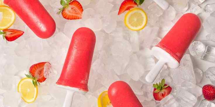 Strawberry Lemonade Popsicles (No Sugar Added)