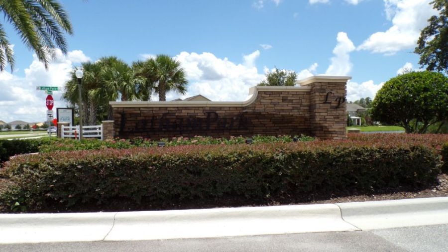 Latham Park Homes for Sale in Winter Garden. Ashton Woods home builder. Rich Noto Real Estate