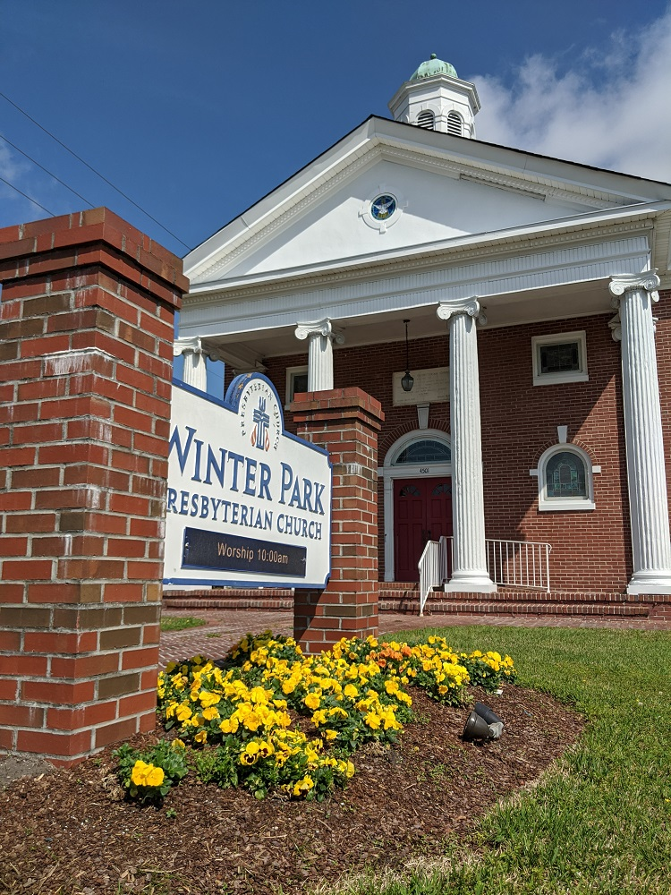Photo of the sign of Winter Park Presbyterian Church