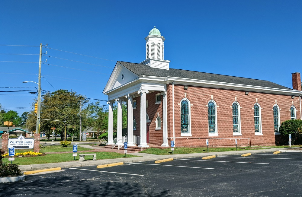 Photo of Winter Park Presbyterian Church in Wilmington, NC