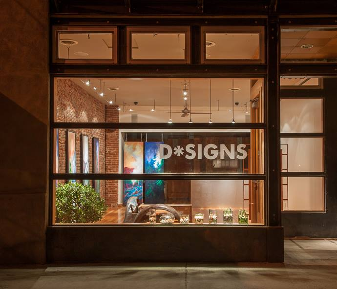 D*signs storefront