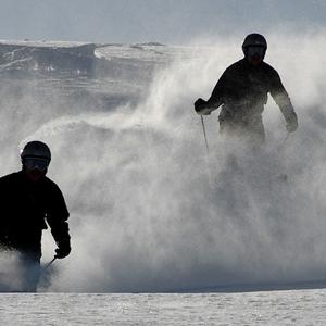 downhill alpine ski snowboard winthrop washington loup loup