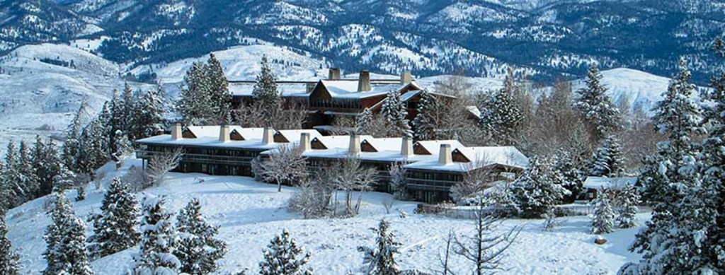 Sun mountain Lodge in Winthrop Washington winter wonderland