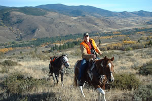 Chewuch river guest ranch lodging horseback riding cattle