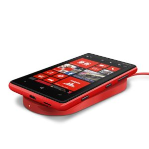 1200-nokia-wireless-charging-plate-dt-900-with-nokia-lumia-820