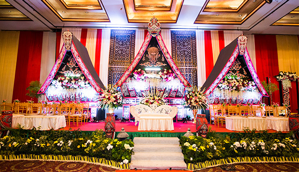 Winwin decoration medan jasa dekorasi pertama di kota medan traditional decoration junglespirit Image collections