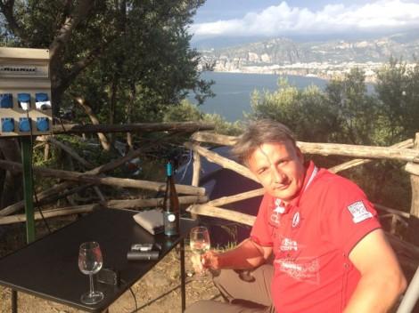 Hermeswein auf Reisen - Golf von Neapel