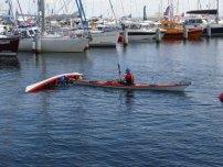 W sobotę i w niedzielę do akcji przystąpiła redakcja naszego magazynu, prezentując techniki ratownicze wykorzystywane w kajakarstwie morskim: dzióbek…