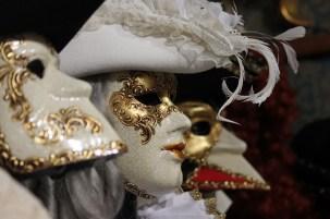 Maska na każdą okazję