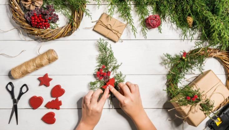 Da regalare agli amici, agli sposi, alla persona del cuore, entrano in soccorso, evitando il panico … Natale Idee Regalo Per Chi Ama Il Bricolage Pg Magazine