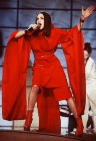 ¡Feliz cumpleaños a la Reina del Pop, Madonna! Grammys-1999