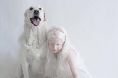 Yulia Taits revela la belleza natural de las personas albinas Captura-de-pantalla-2016-11-23-a-las-4.46.21-p.m.