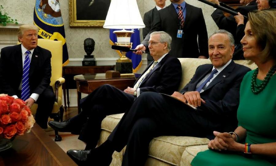 Demócratas y Trump llegan a un acuerdo, dreamers, DACA, política migratoria