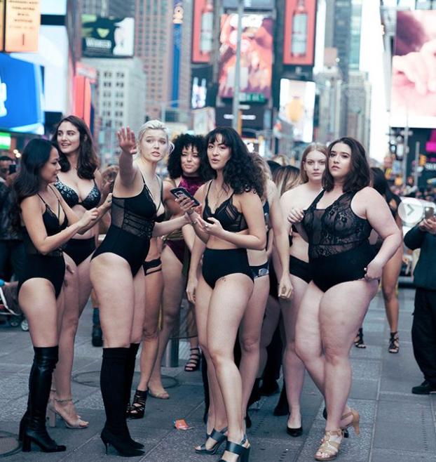 Desfilan en contra de los estereotipos de Victoria's Secret