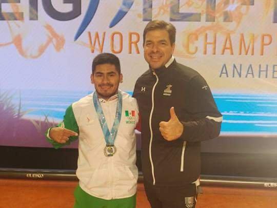 Antonio Vázquez atleta mexicano