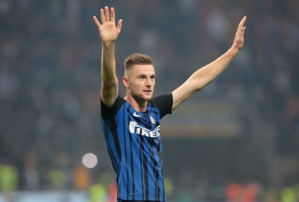 El defensa Milan Skriniar logró anotar
