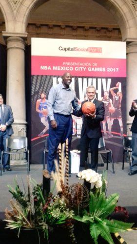 Mancera pidió a la NBA traer más juegos