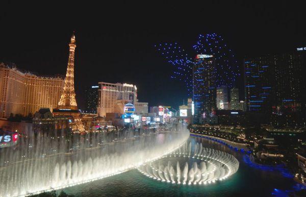 Increíble espectáculo de 250 drones en Las Vegas intel-lightshow-bellagio-7-600x386