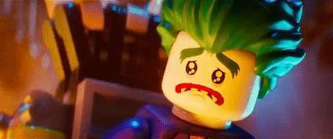 Fans realizan petición para que el Joker sea gay lego-joker-vs-leto-joker-4-ways-the-lego-batman-movie-gave-us-the-villain-we-deserve-1329556