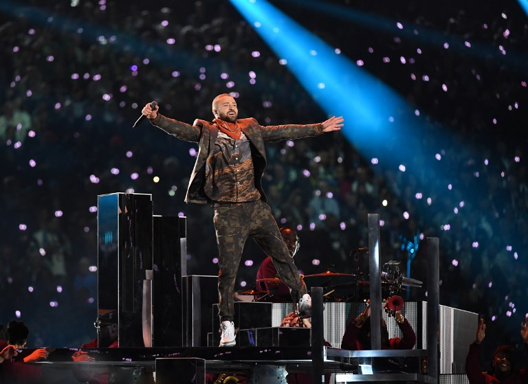 Nos hizo recordar, Justin Timberlake homenajeó a Prince en el show del Super Bowl 000_YS7JB