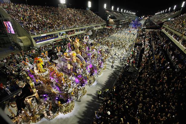 Carnaval de Rio cierra con críticas hacia el gobierno de Brasil 510273182